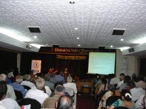 Bharathiya-vidya-bhawan-karthik-fine-arts-classical-music