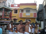 Sreenivasa-Perumal-Comes-Around-Mylapore-Mada-Chitrakulam-Streets-Vedhantha-Desikar-Krishna-Kannan-Venugopal