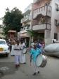 Sreenivasa-Perumal-Comes-Around-Mylapore-Mada-Chitrakulam-Streets