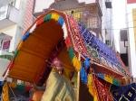 Sreenivasa-Perumal-Pallakku-Mylapore-Mada-Chitrakulam-Streets-Vedhantha-Desikar