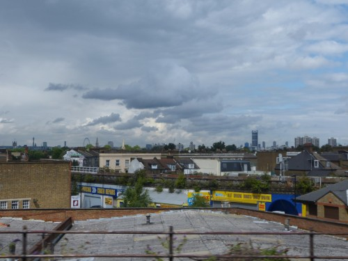 TrainView_Slums_Ghetto_London_England_UK_Victoria_Station-Railways_Poor