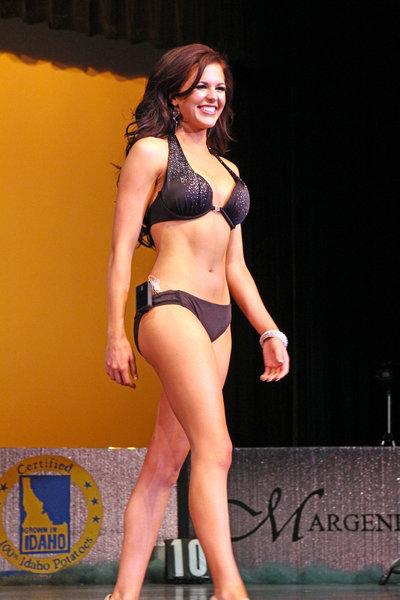 miss_Idaho_Swimsuit_Diabetes_Insulin_Pump